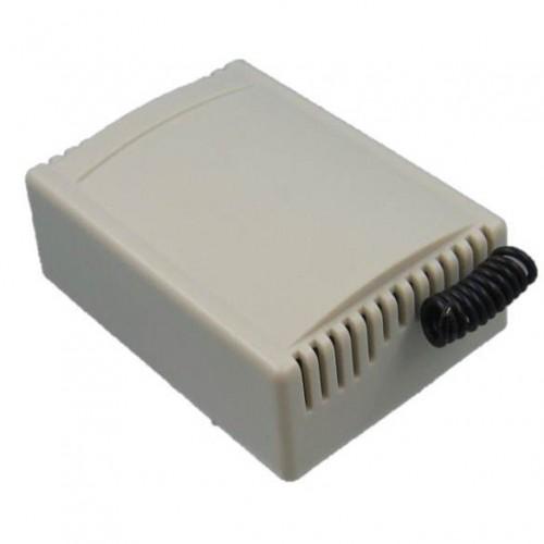 1 receptor 4 canales con 4 mandos a distancia