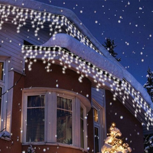 Cortina luminosa ICICLE 3m largo x 0,5m BLANCO CALIDO 3000K 114 leds 220V